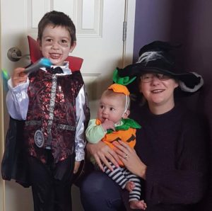 Lainey dressed up with her childern, Andre and Hunter